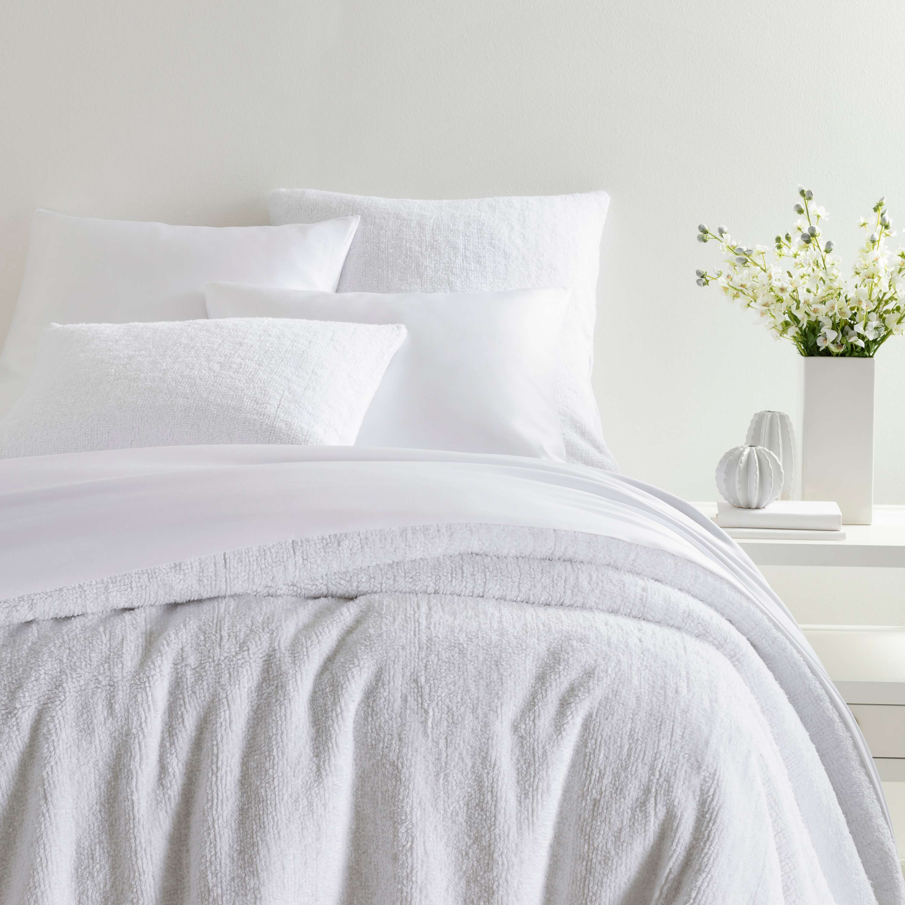 Bed Ed 101 10 Ways To Keep Your White Bedding White Annie Selke
