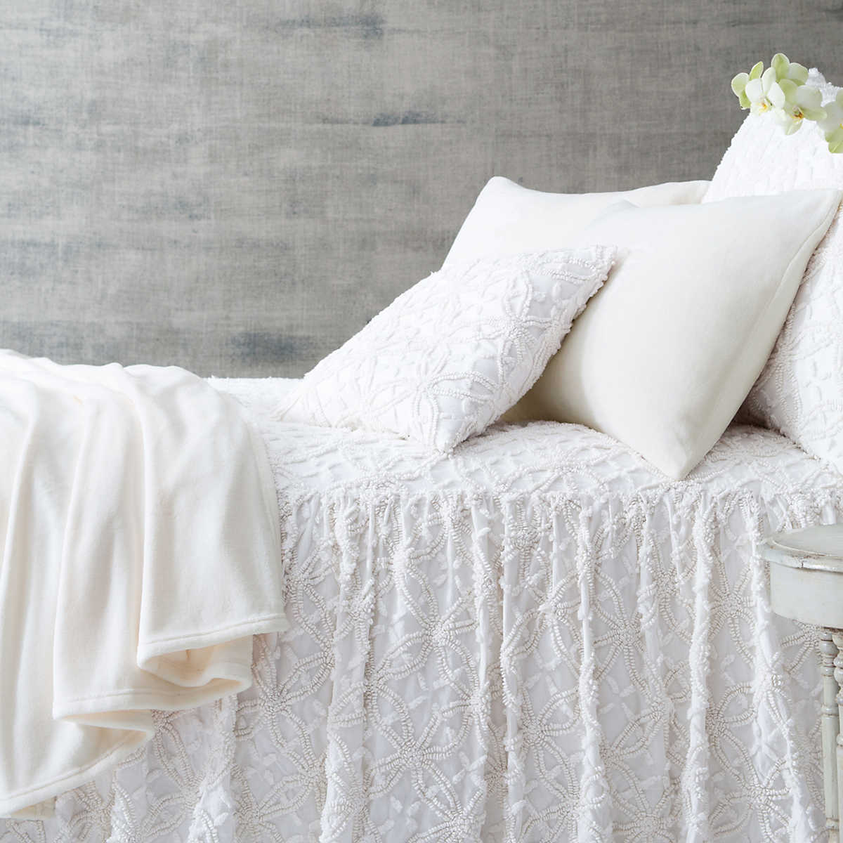 Candlewick Dove White Bedspread Pine Cone Hill