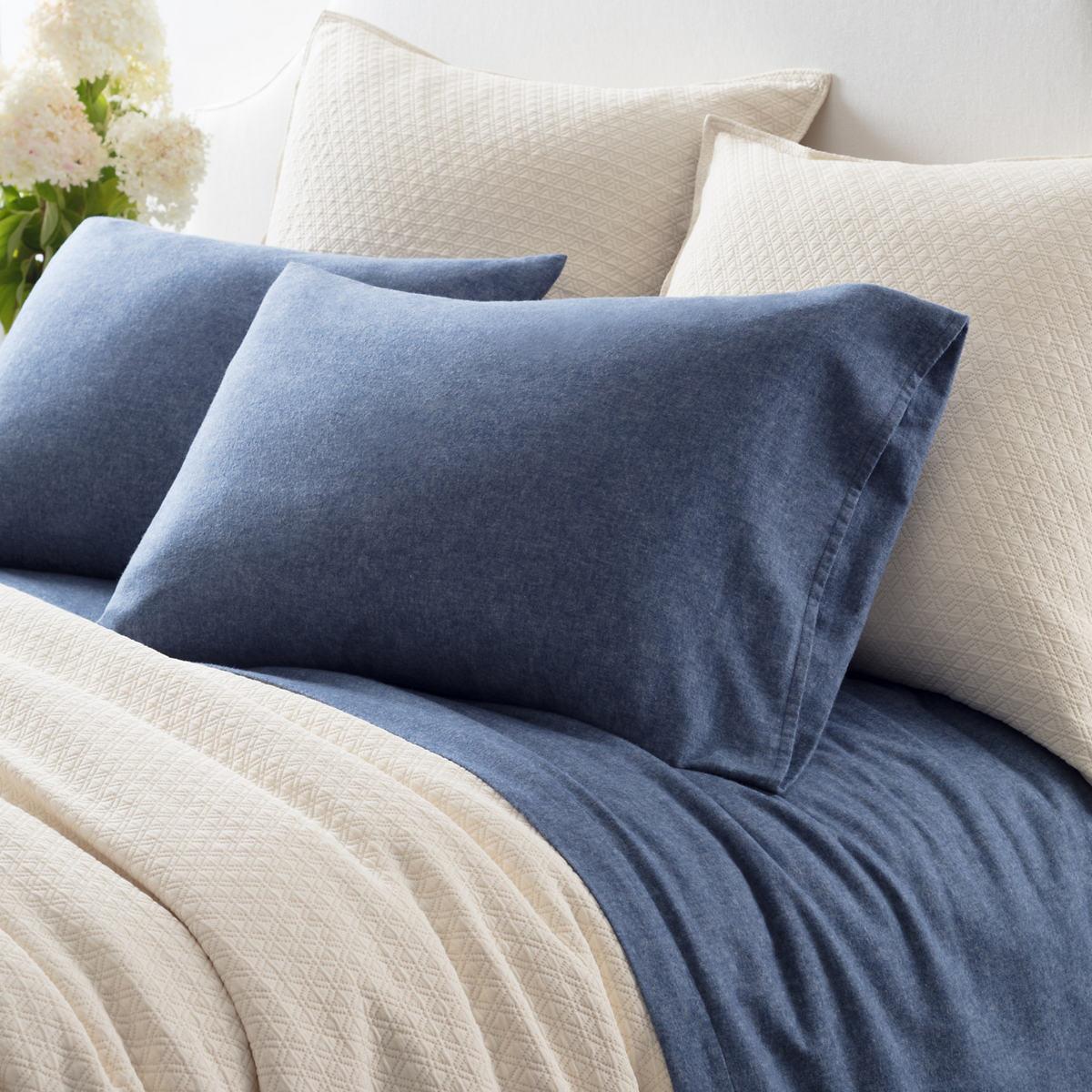 Chambray Flannel Blue Sheet Set
