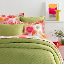 Diamond Key Lime Matelassé Coverlet