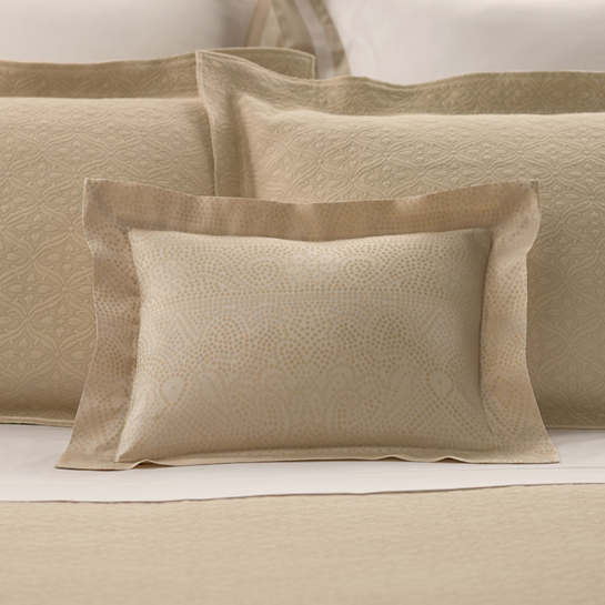 Dots Semolina Decorative Pillow