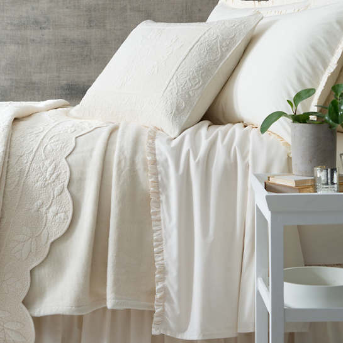 Dover Ivory Fleece Blanket