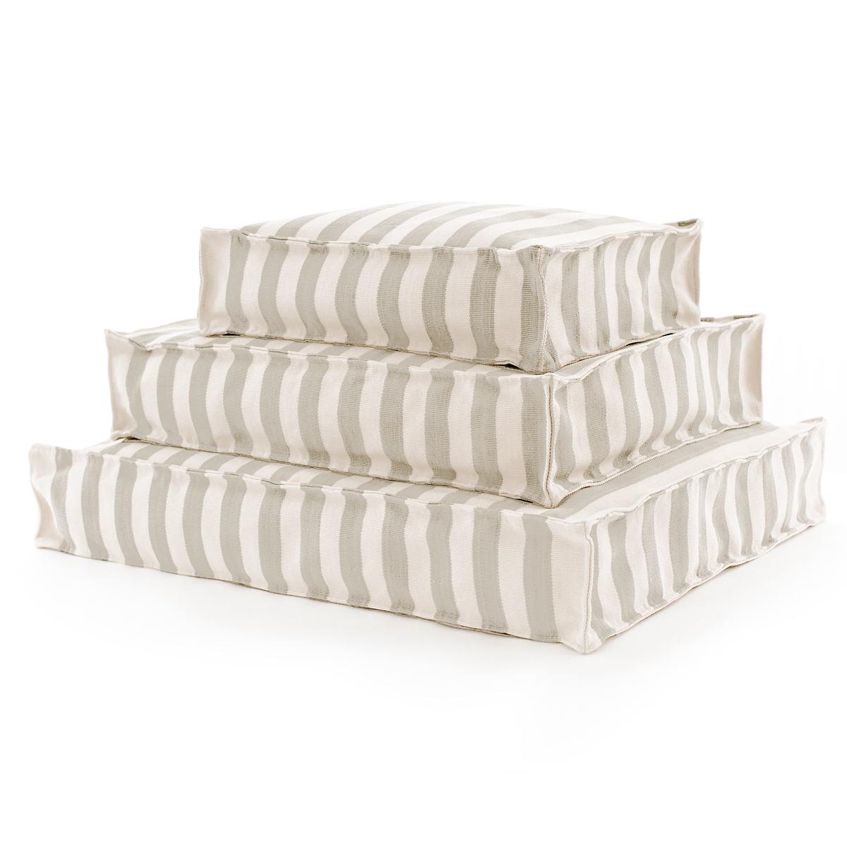Trimaran Stripe Platinum/Ivory Indoor/Outdoor WOUF™