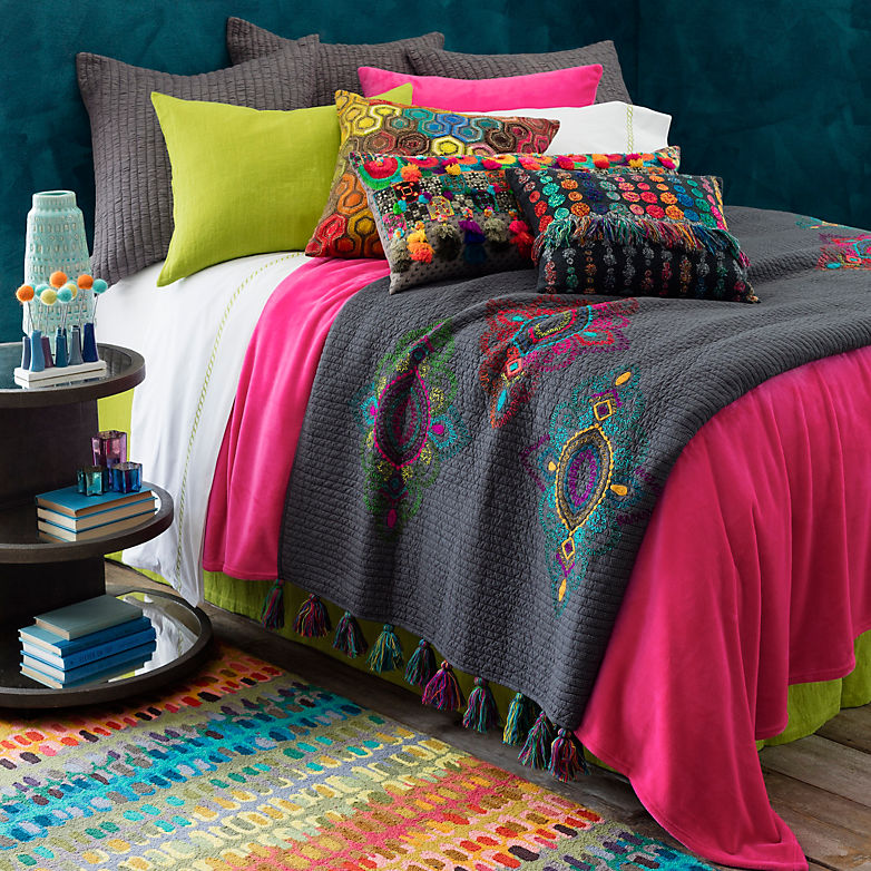 Bed U Cation 101: Why We Love Bed Scarves | Annie Selke's Fresh American Style