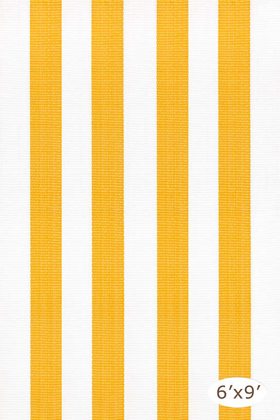 Lakehouse Canary/White Indoor/Outdoor Rug