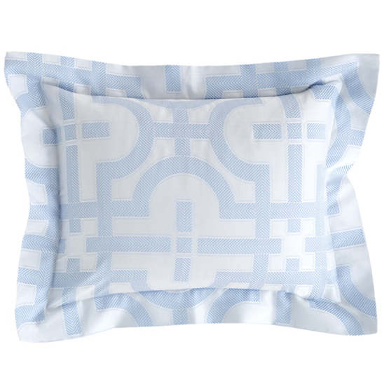 Nodo Delphinium Decorative Pillow