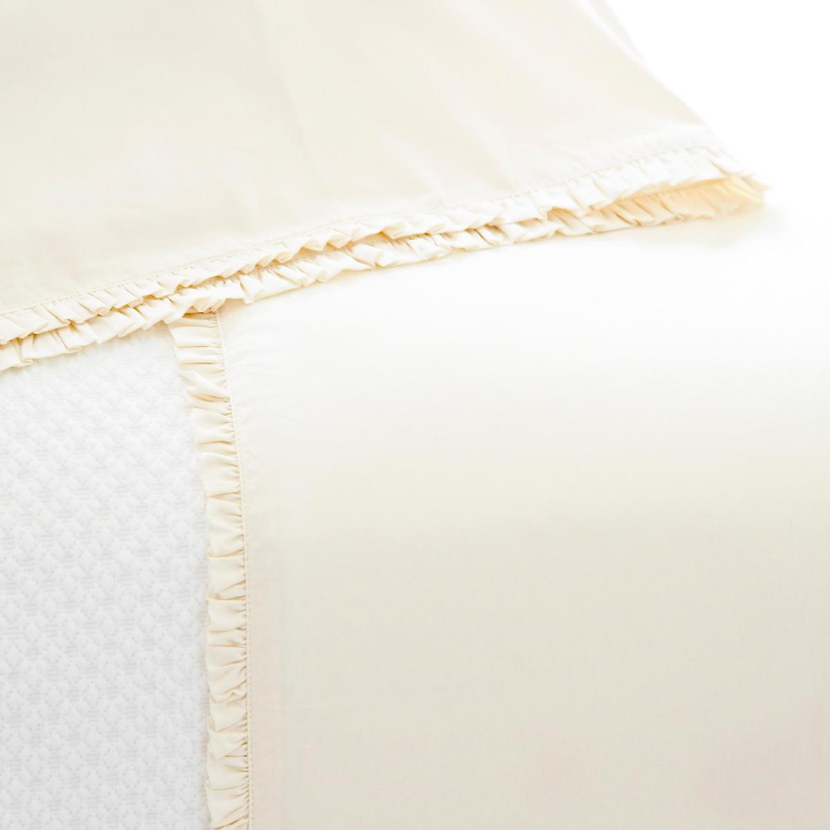 Petite Ruffle Ivory Sheet Set