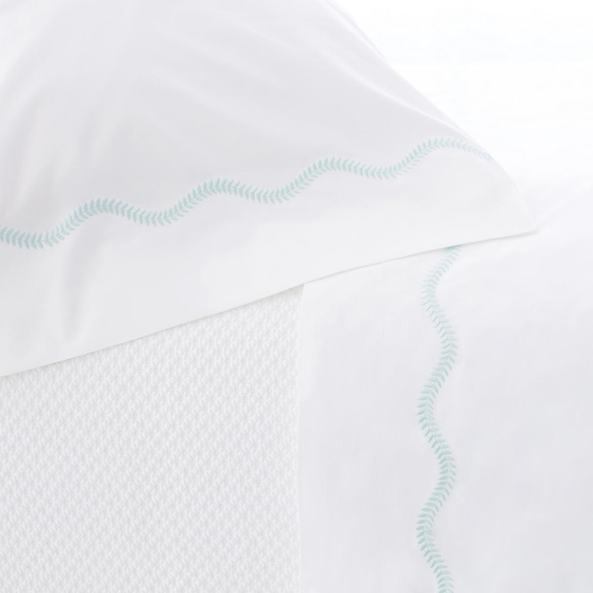 Petite Vine Sky Pillowcases (Pair)