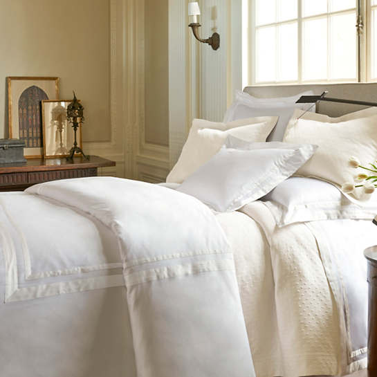 Piazza White/Ivory Duvet Cover