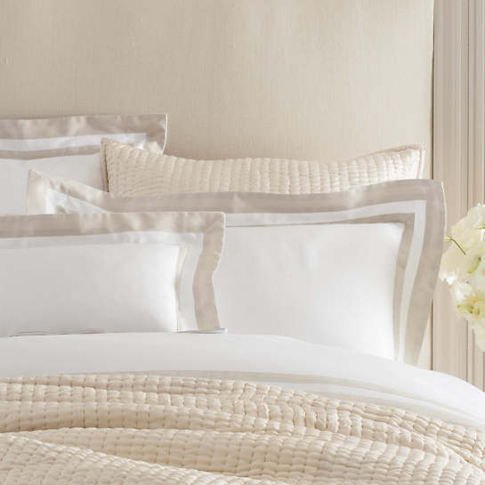 Piazza White/Sandstone Pillowsham