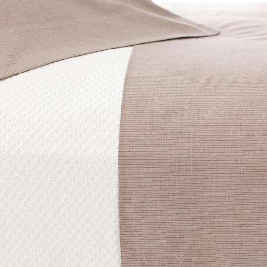Pinstripe Crimson/Natural Sheet Set