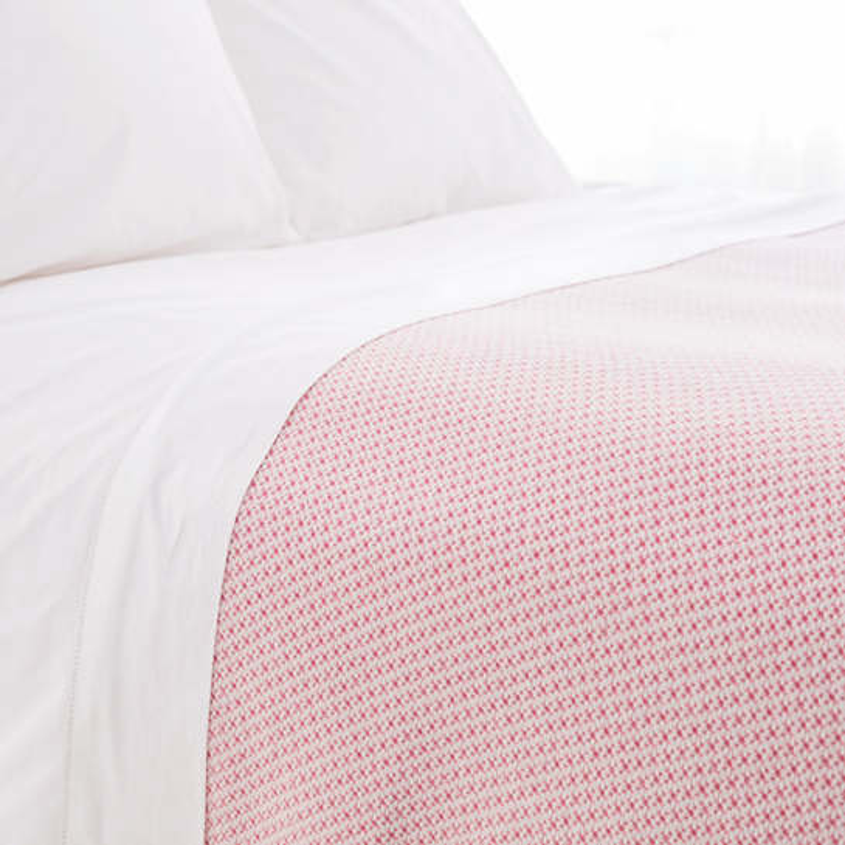 Quinn Fuchsia Cotton Blanket