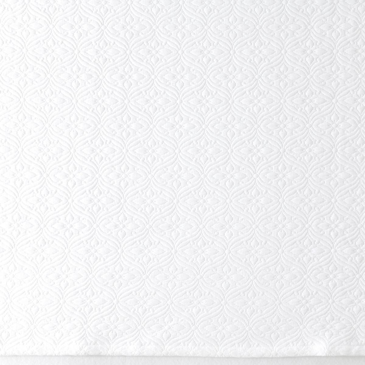 Savina White Matelassé Coverlet
