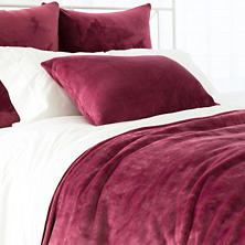 Selke Fleece Garnet Blanket