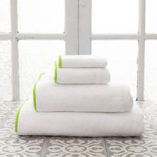 Signature Banded White/Green Towel