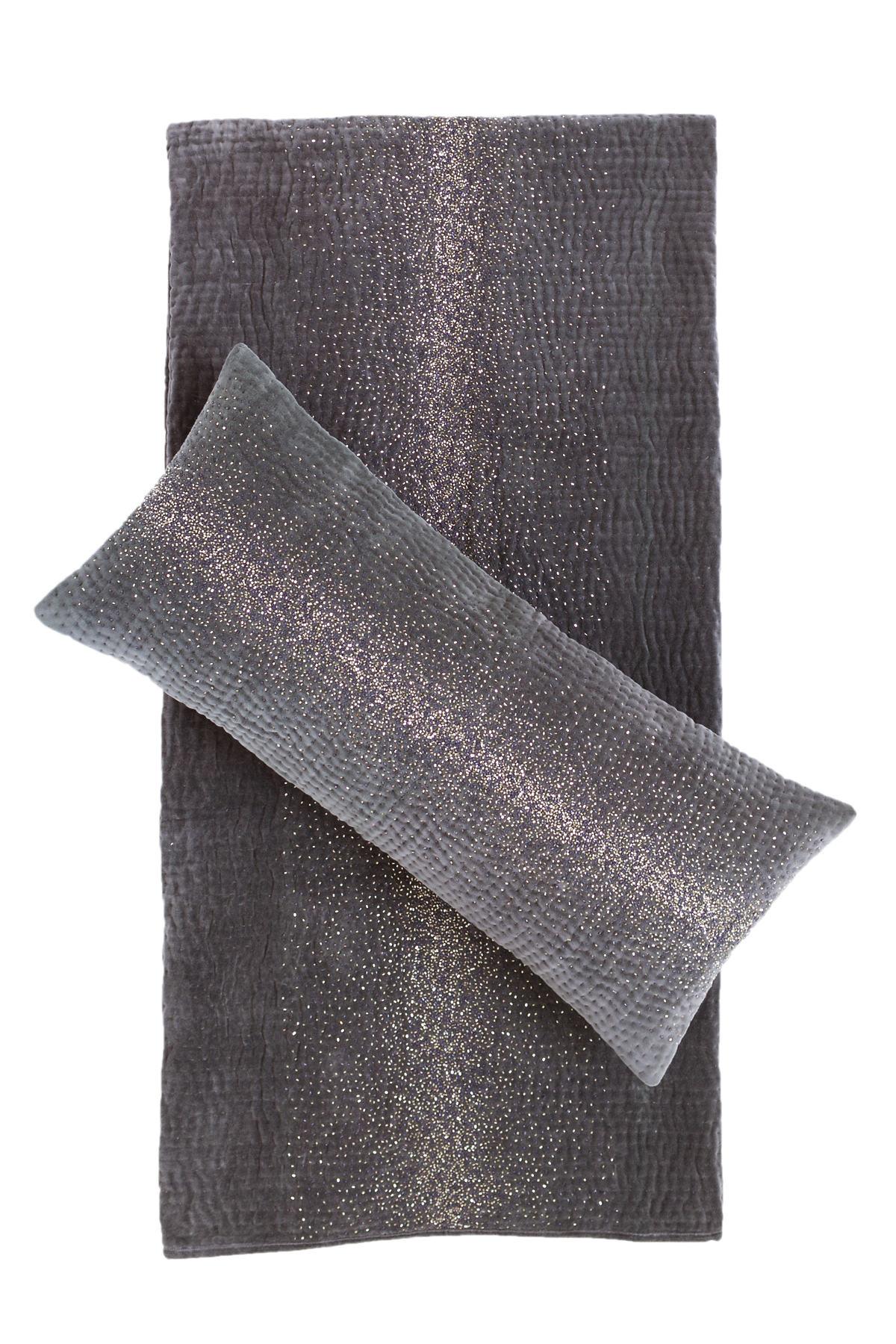 Stellata Quilted Velvet Decorative Pillow