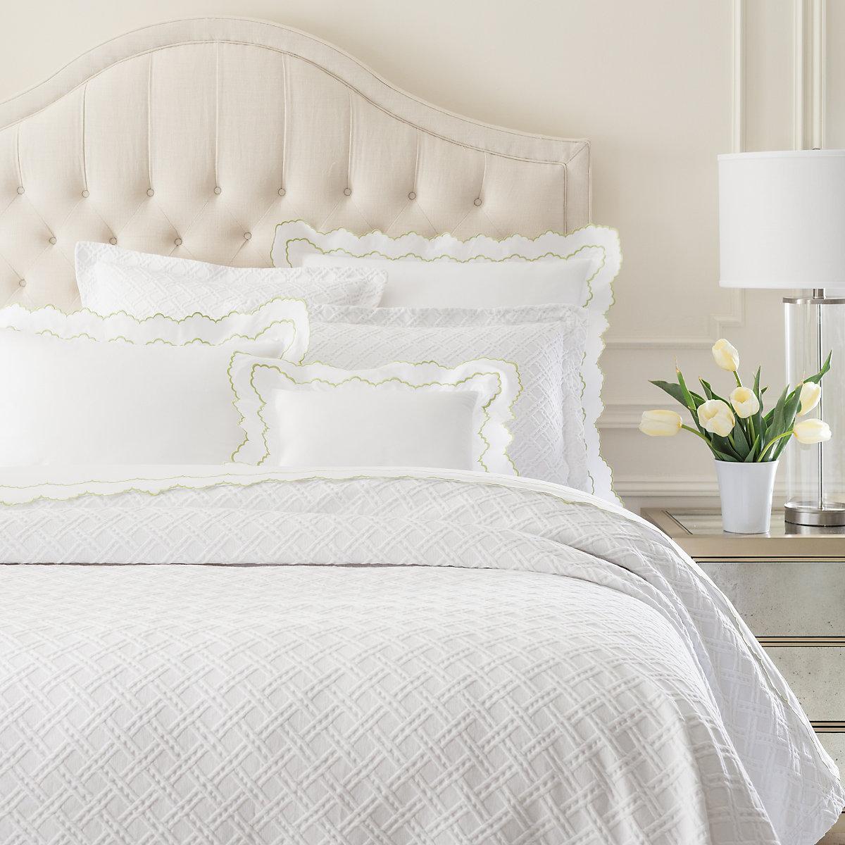 traliccio white matelassé coverlet  luxe -