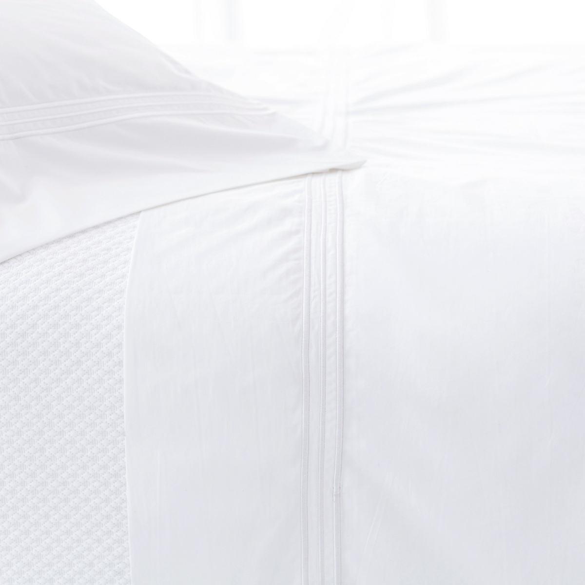 Trio White Flat Sheet