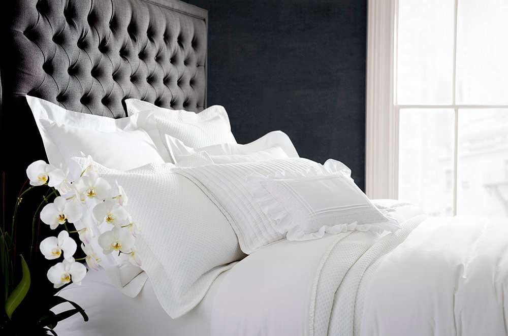 Bed Ed 101 How To Layer Whites For The Ultimate Year Round Bed