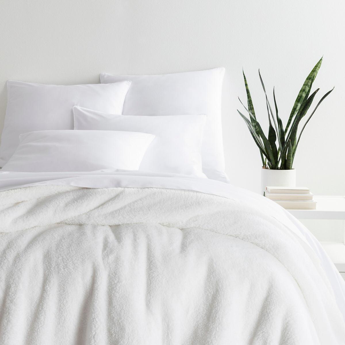 Heathered Fleece White Blanket