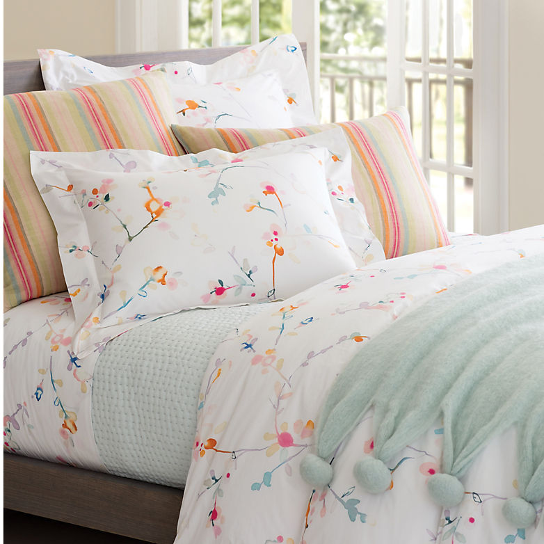Getting Fleur-Tacoius! Bring Pops of Spring Into Your Rooms | Annie Selke's Fresh American Style