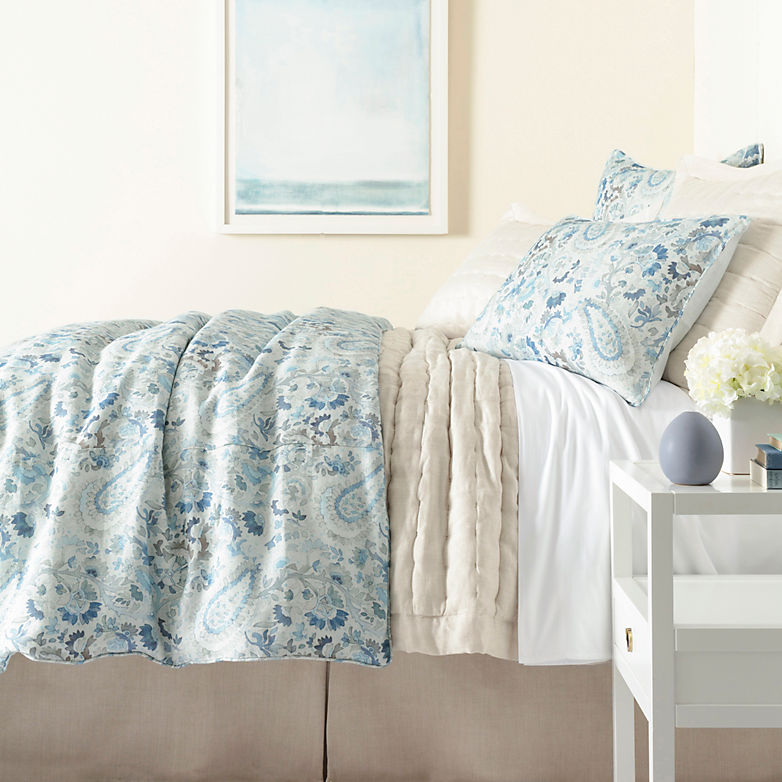 Into the Blue   Annie Selke's Fresh American Style