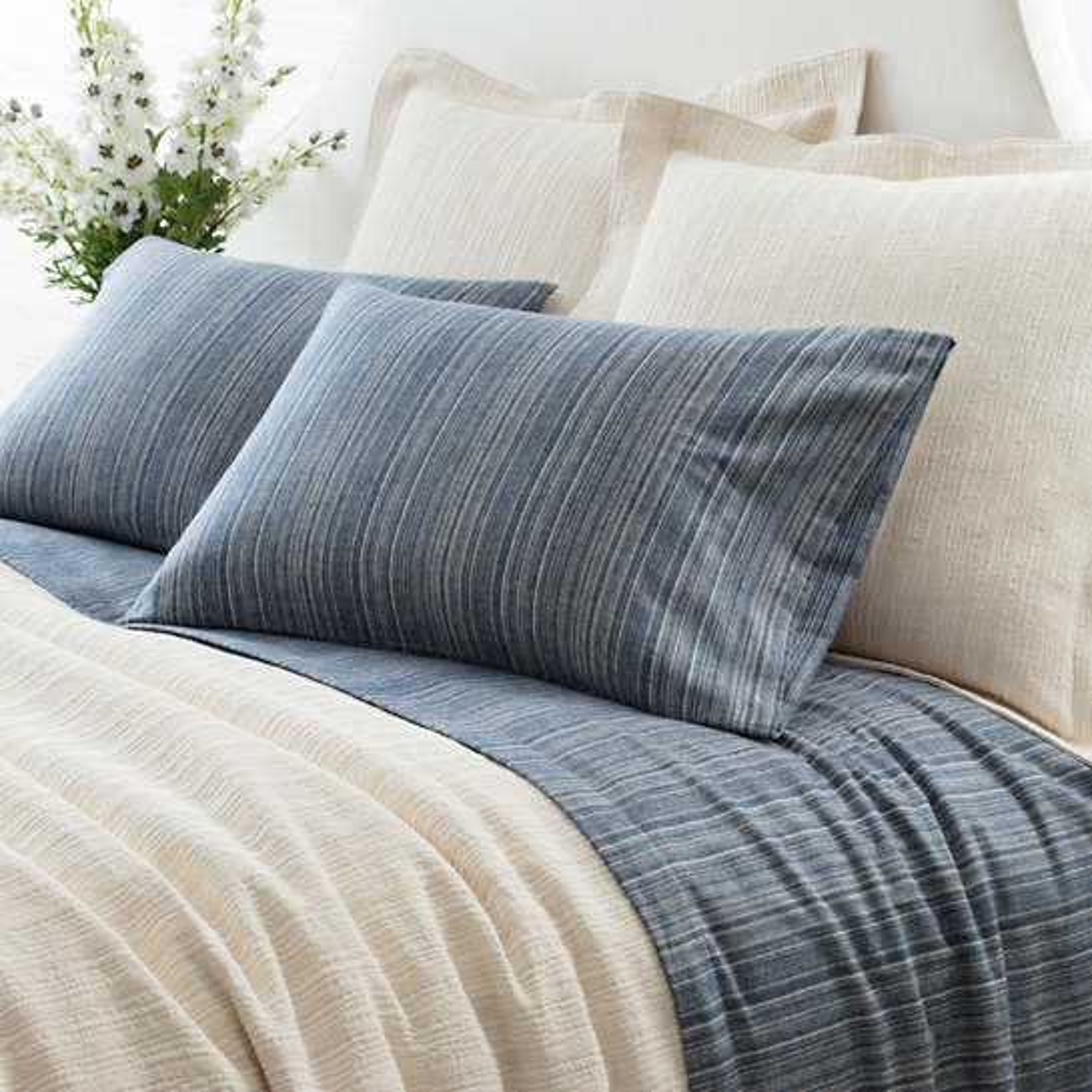 Cascade Stripe Flannel Blue/Oatmeal Pillowcases