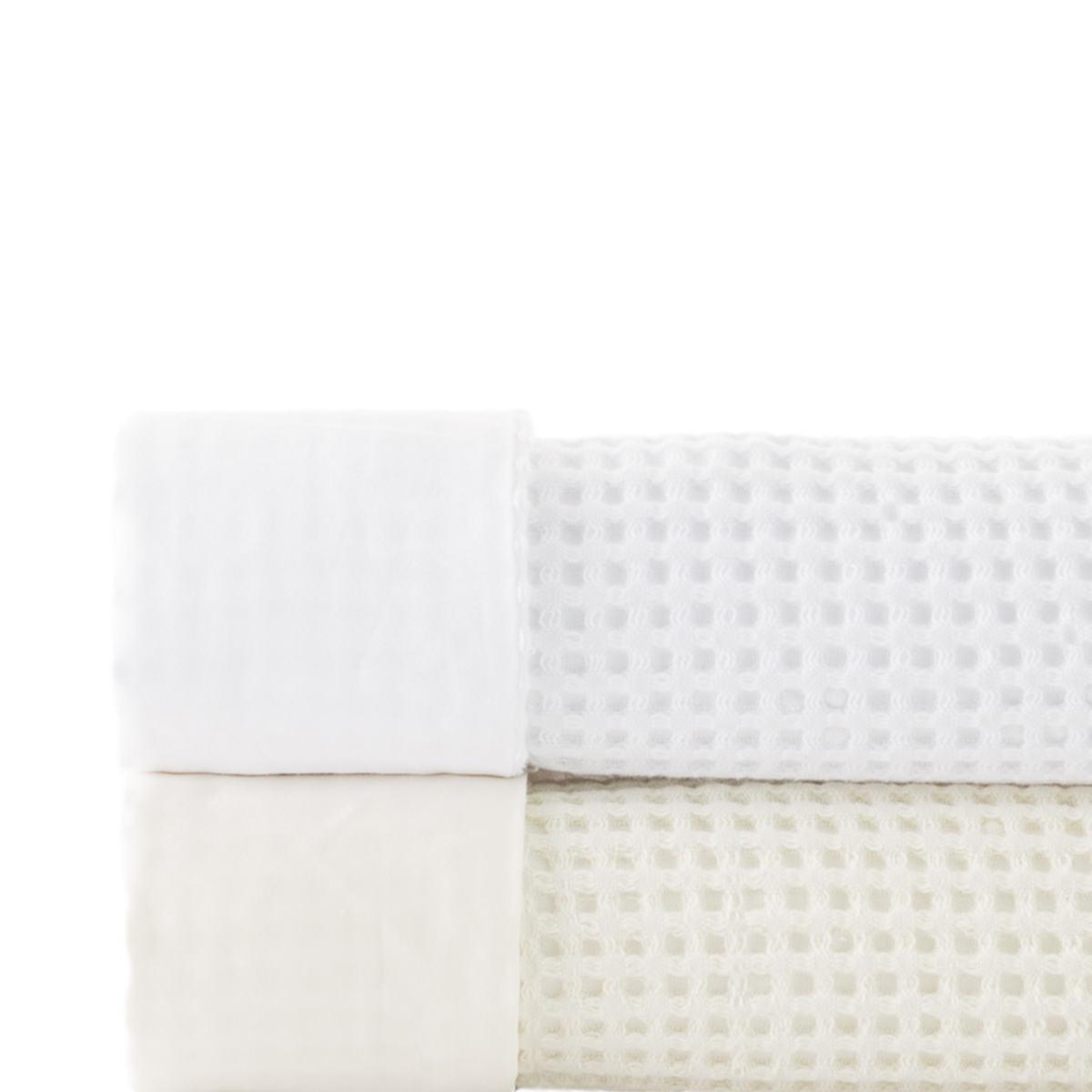 Chialda White Blanket