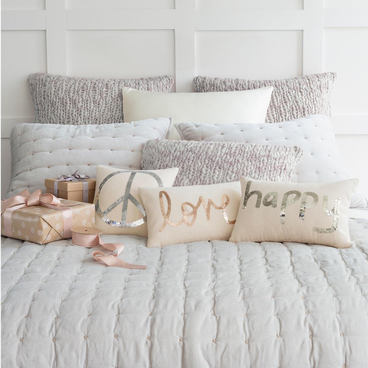 Chunky Knit Grey Decorative Pillow