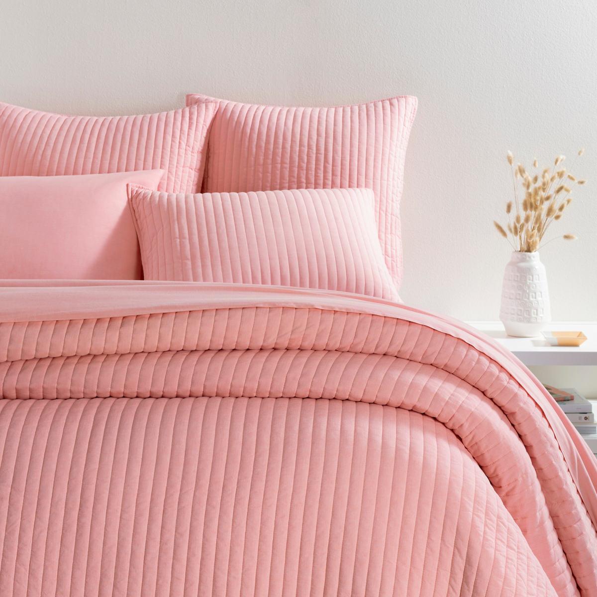 Comfy Cotton Coral Quilt