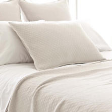 Diamond Platinum Matelassé Coverlet