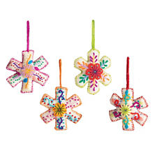 Embroidered Snowflake Ornament/Set 4