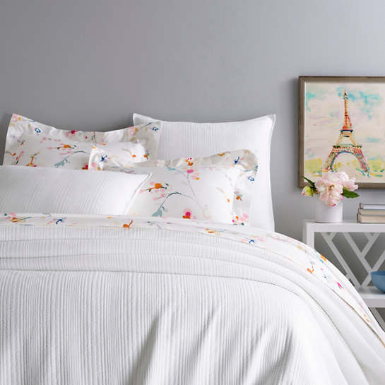 Kelly White Matelassé Coverlet