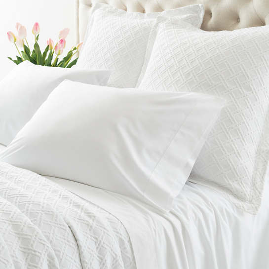 Lia White Flat Sheet