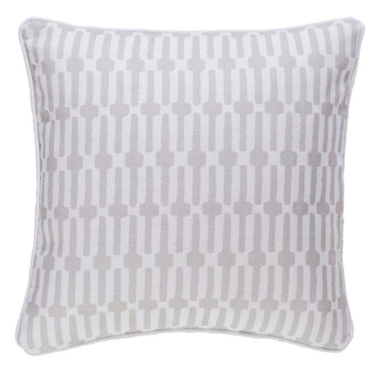 Links Pearl Grey Indoor/Outdoor Decorative Pillow