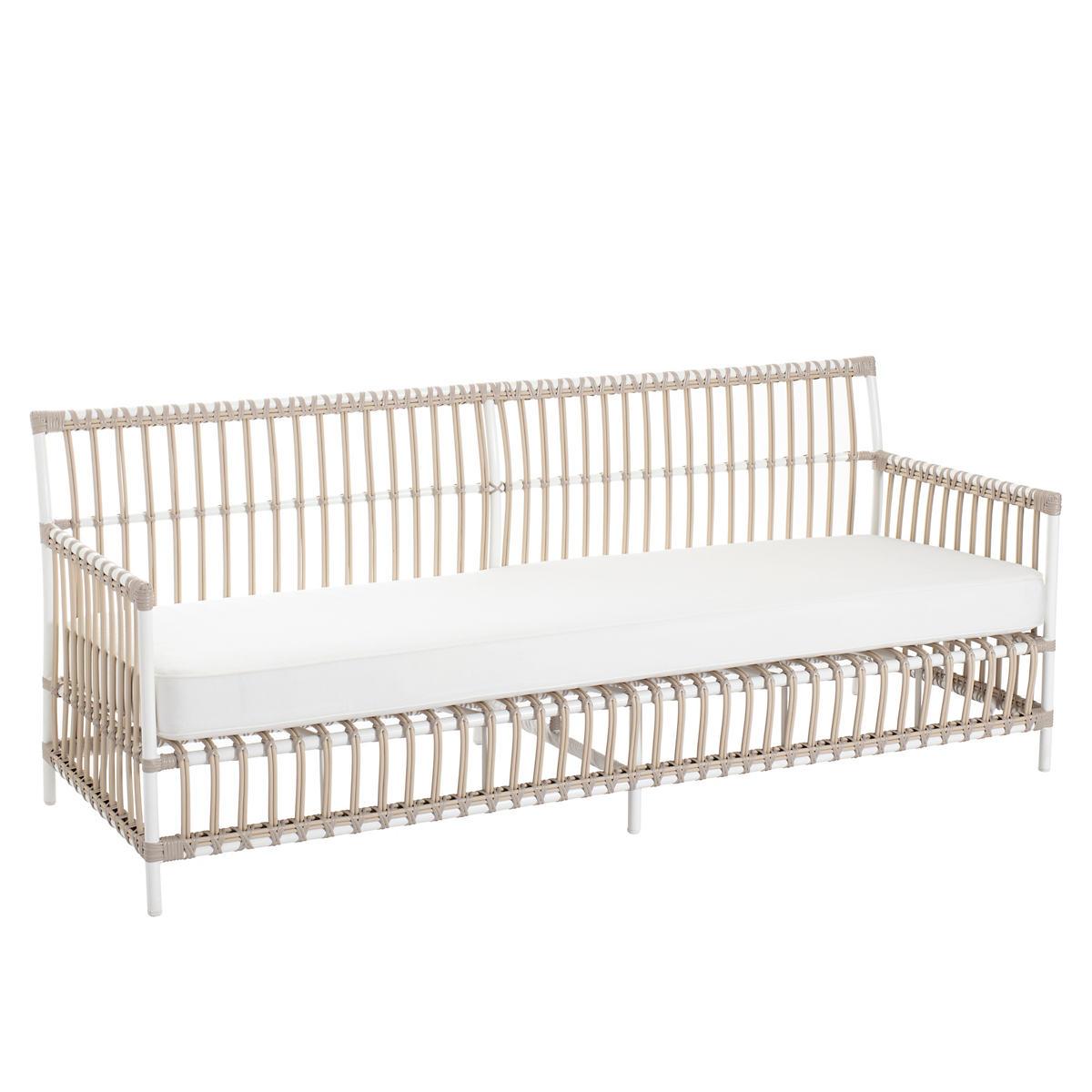 Mamau Dove White Outdoor 3-Seater Sofa