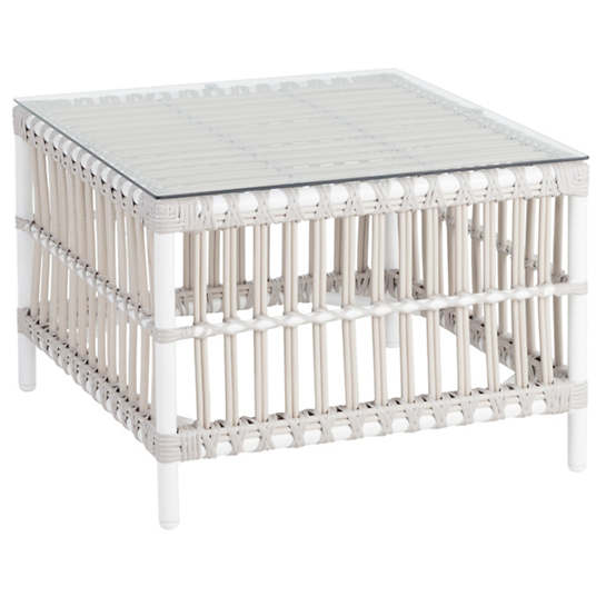 Mamau Dove White Outdoor Side Table