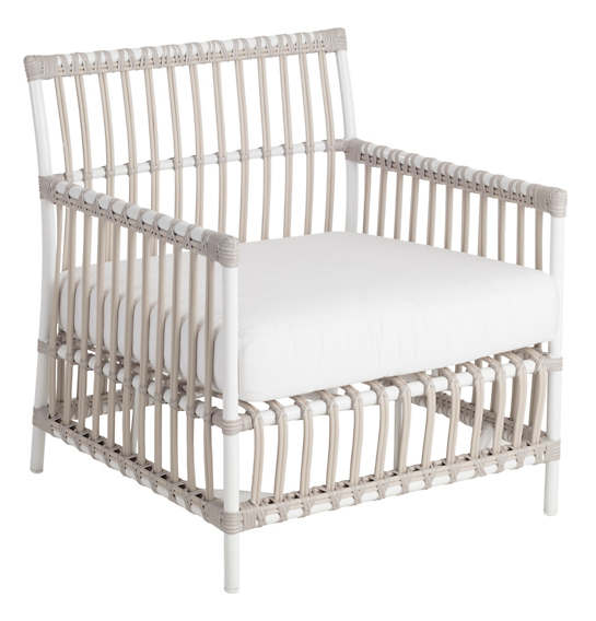 Mamau Dove White Outdoor Armchair