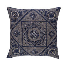 Manisa Linen Decorative Pillow