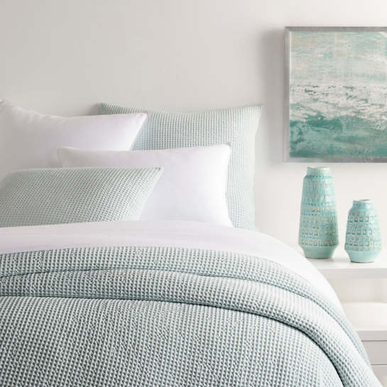 Bubble Sky Matelassé Coverlet