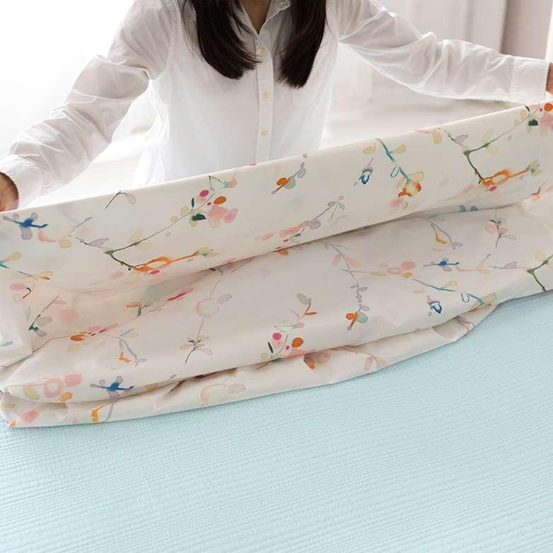 Folding Sheets and Duvets 4