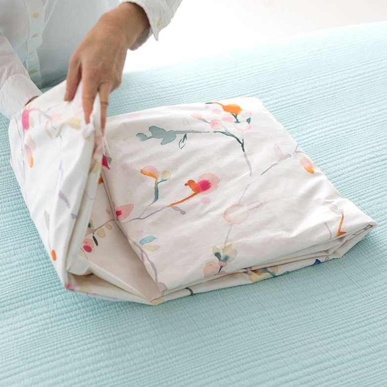 Folding Sheets and Duvets 5