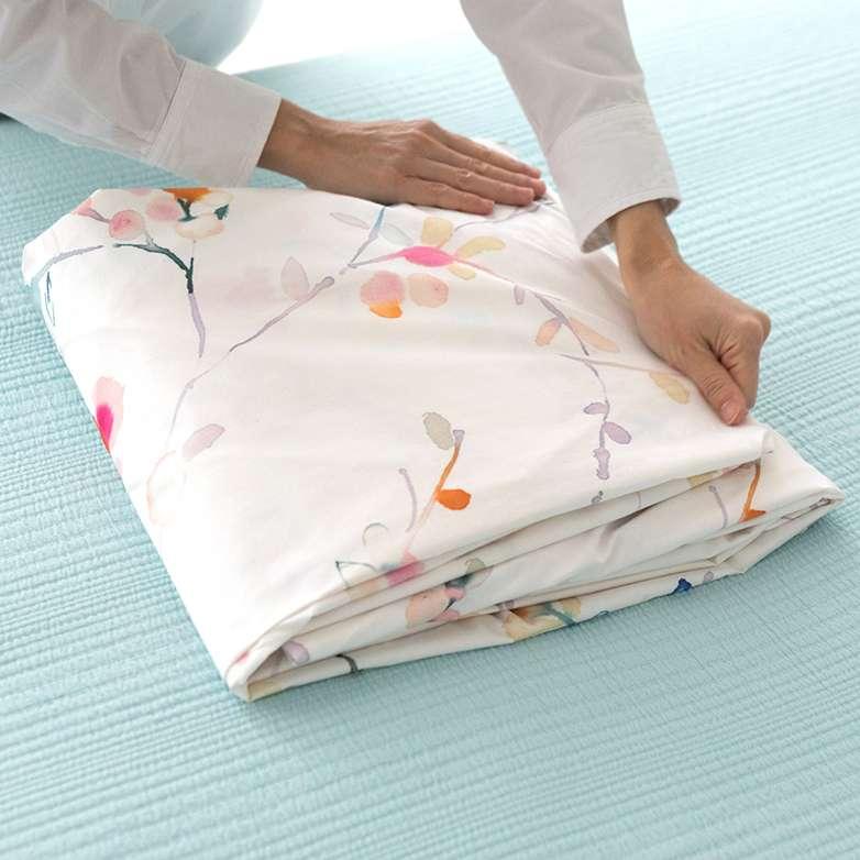 Folding Sheets and Duvets 6