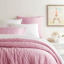 Parisienne Velvet Rose Quilt
