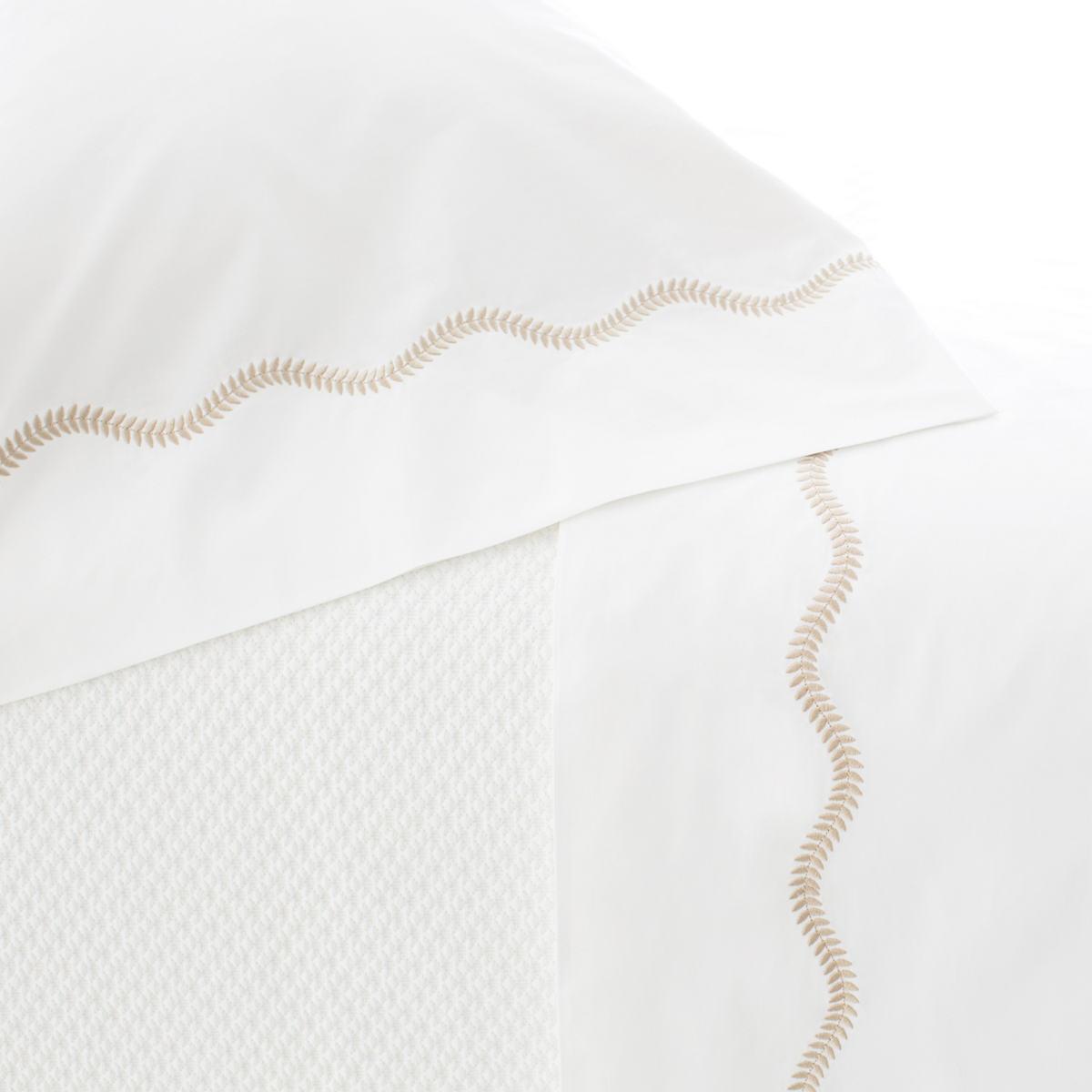 Petite Vine Linen Flat Sheet
