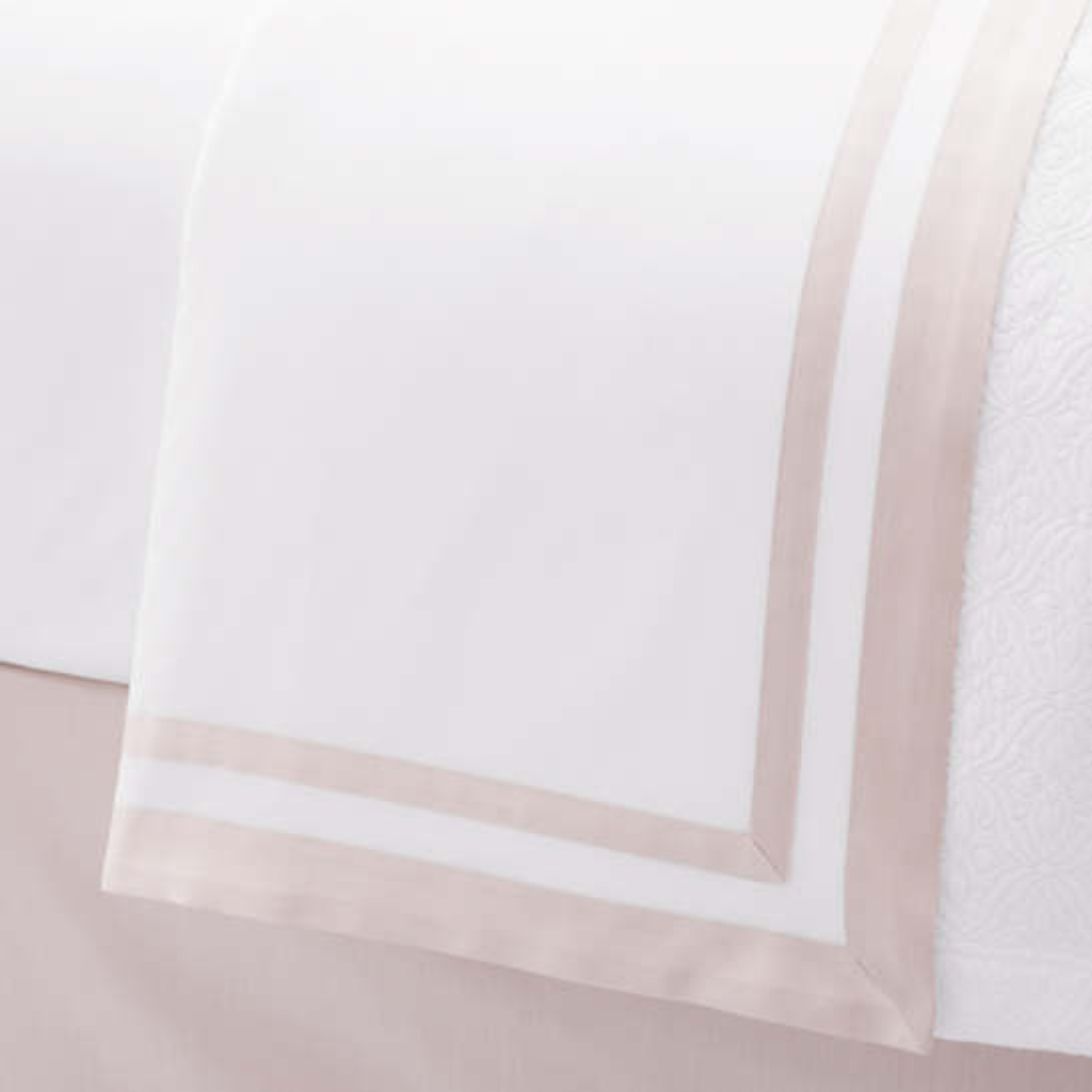 Piazza White/Rose Quartz Flat Sheet