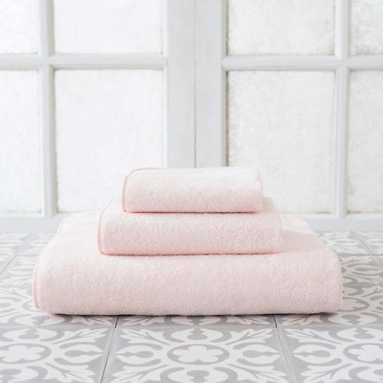 Primo Pink Towel