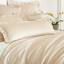 Sassolino Wheat Matelassé Coverlet