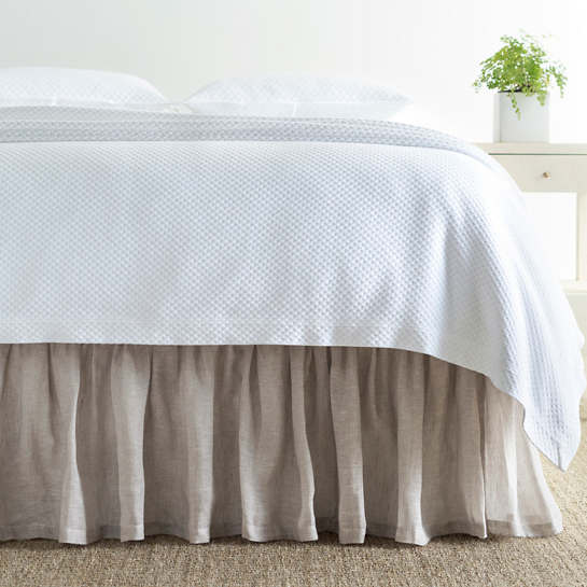 Savannah Linen Chambray Dove Grey Bed Skirt