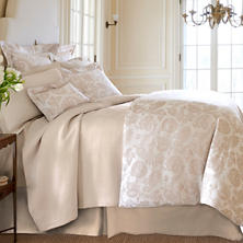 Savina Wheat Matelassé Coverlet